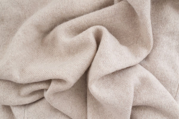 Researchers reveal new self-cleaning cashmere